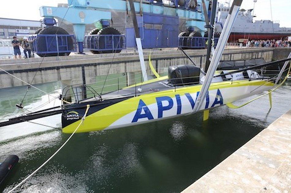 Construction et sortie de l'IMOCA APIVIA du chantier CDK Technologies