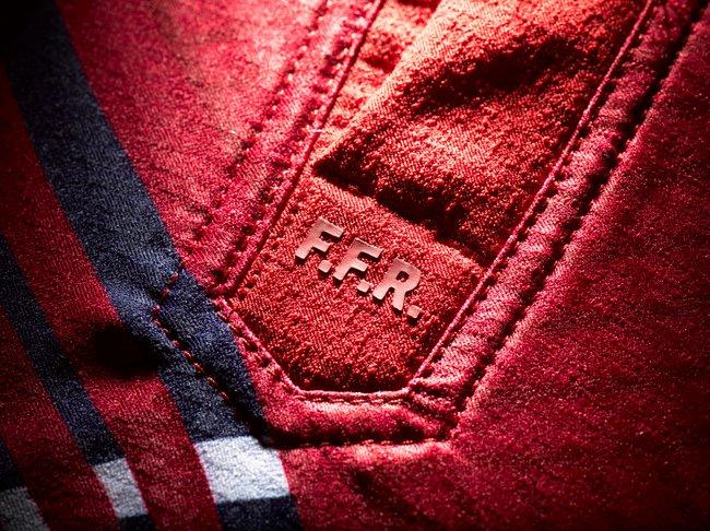 detail_maillot_ffr_col_a-5.jpg