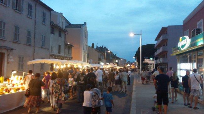 Grand marché nocturne le lundi 17 août 2015 1