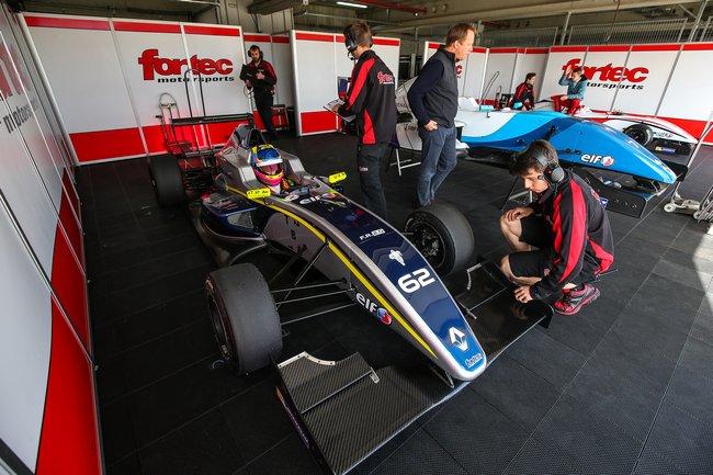 Lando Norris récidive avec un nouveau record à Motorland Aragón 2