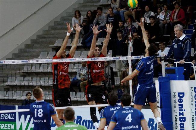 PARIS Volley vs Ziraat Bankasi ANKARA-01