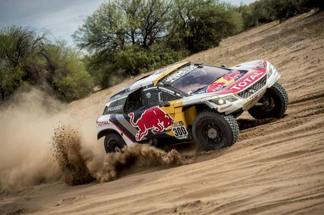 Peugeot signe un triplé historique 3