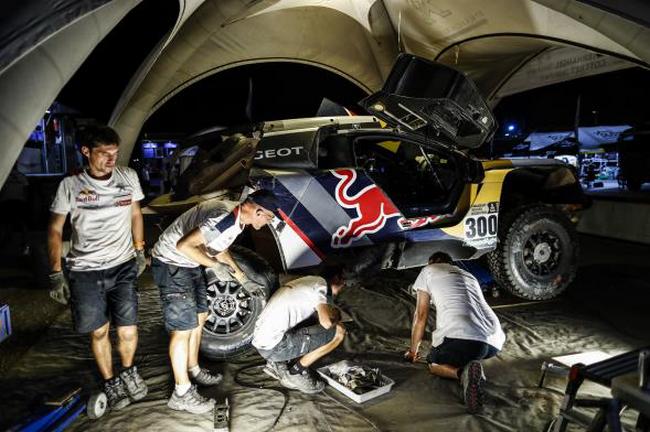 Peugeot signe un triplé historique 7