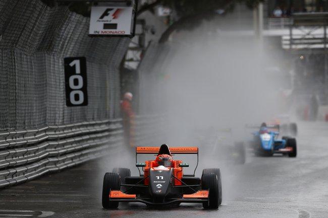 Sacha Fenestraz s'impose sous la pluie à Monaco 3
