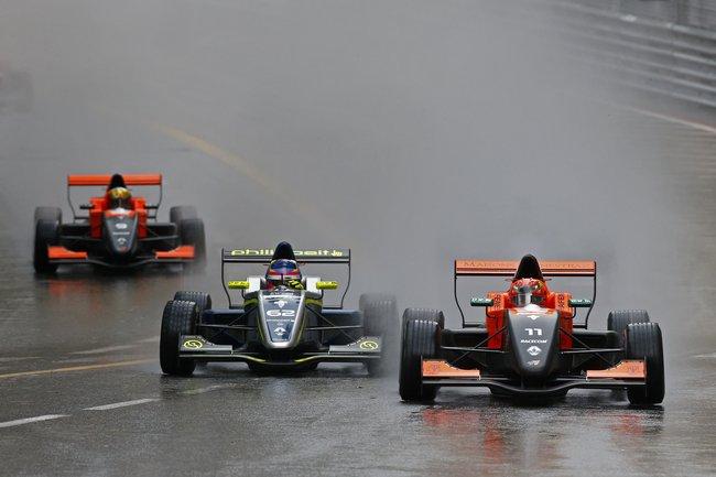 Sacha Fenestraz s'impose sous la pluie à Monaco 4