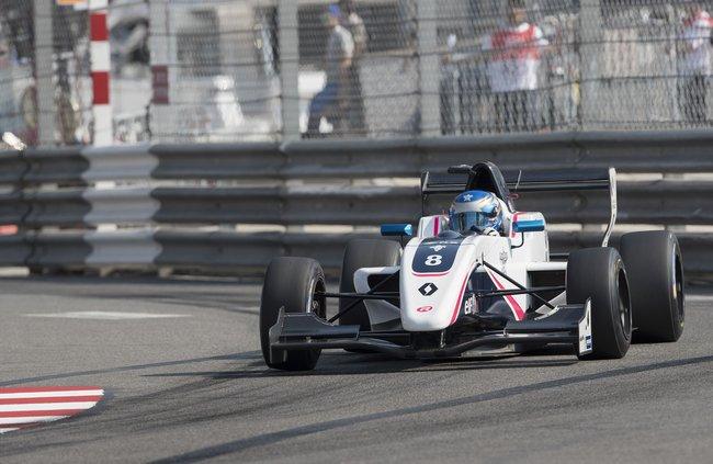 Will PALMER remporte la première course à MONACO 3